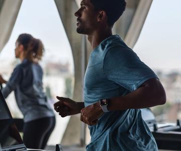 4 consejos básicos de un entrenador personal para sacar el máximo provecho de su técnica de fitness