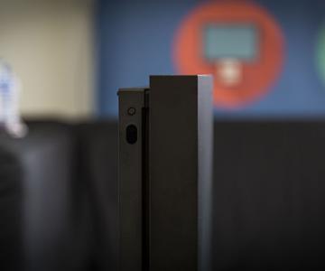 Cómo configurar la Xbox One X y transferir todos tus juegos y datos antiguos