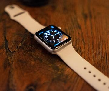 Cómo encender tu Apple Watch y despertar la pantalla