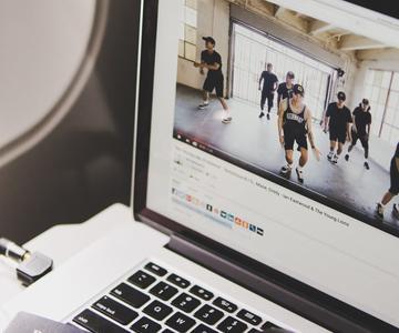 Cómo repetir vídeos de YouTube en un bucle infinito