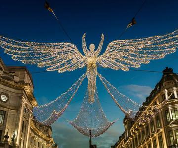 Fotografía con luces navideñas: cómo capturar las pantallas nocturnas en toda su gloria