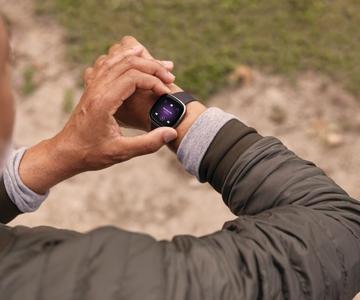 Cómo usar un vestidor: consejos para aprovechar al máximo tu reloj inteligente o tu rastreador de fitness